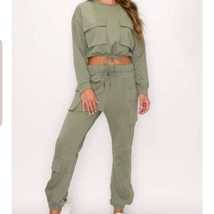 Pocket Detailed Jogger Two Piece Set